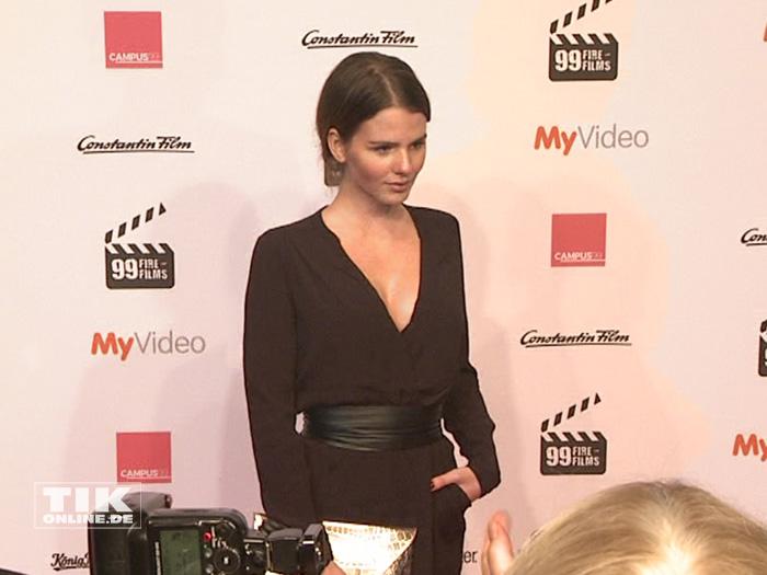 Nachwuchshoffnung Ruby O'Fee beim 99Fire Film Award