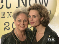 Dagmar Frederic mit Tochter Maxie bei den Act Now Jugend Awards 2015 in Berlin