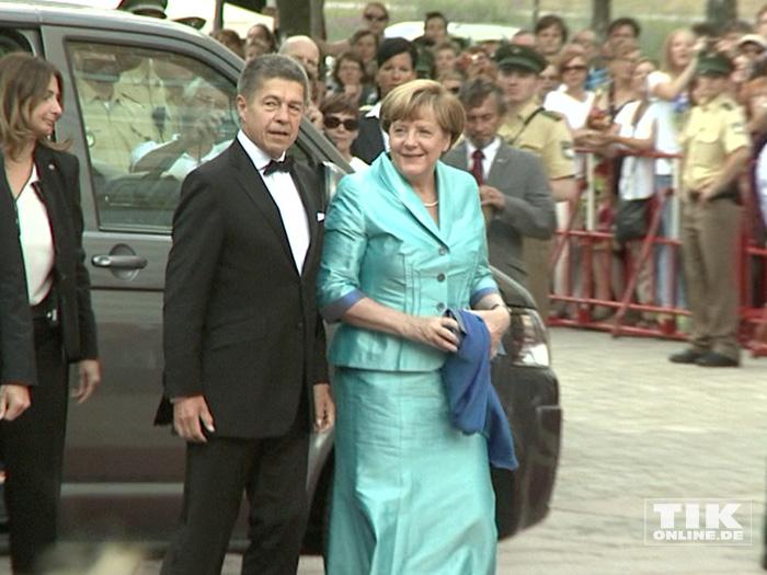Natürlich waren auch wieder Kanzlerin Angela Merkel und ihr Ehemann Joachim Sauer Gast bei den Bayreuther Festspielen 2015
