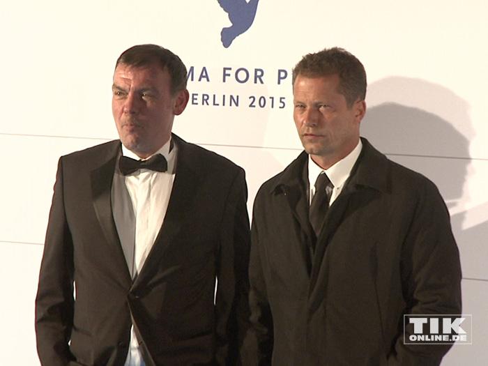 Til Schweiger und Produzent Tom Zickler bei der Cinema for Peace Gala 2015