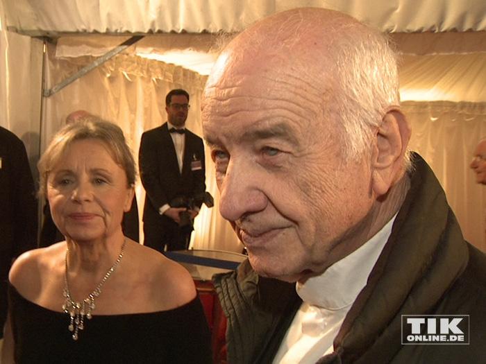 Armin Mueller-Stahl kam mit seiner Ehefrau Gabriele Scholz zum Dresdener Semperopernball 2015