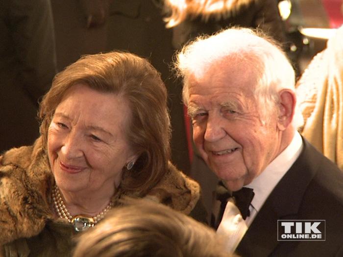 Kurt Biedenkopf und seine Ehefrau Ingrid beim Dresdener Semperopernball 2015