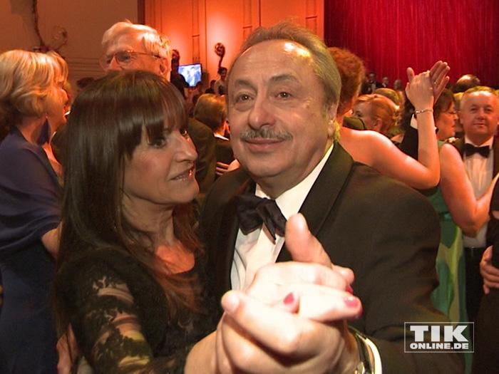 Wolfgang Stumph und seine Ehefrau Christine schwangen beschwingt das Tanzbein beim Dresdener Semperopernball 2015