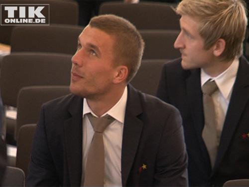 Lukas Podolski bei der Ehrung der deutschen Nationalmannschaft im Schloss Bellevue