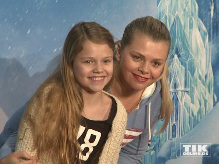 """Anne Sophie Briest kam mit Tochter Faye zur Premiere von """"Disney On Ice"""""""