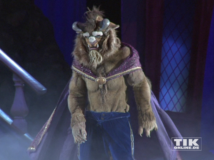 """Bei der Premiere von """"Disney On Ice"""" durfte natürlich auch das Biest aus """"Die Schöne und das Biest"""" nicht fehlen"""