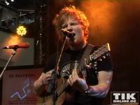 """Sänger Ed Sheeran heizte auf der Media-Markt Bühne im Berliner """"Alexa"""" ordentlich ein"""