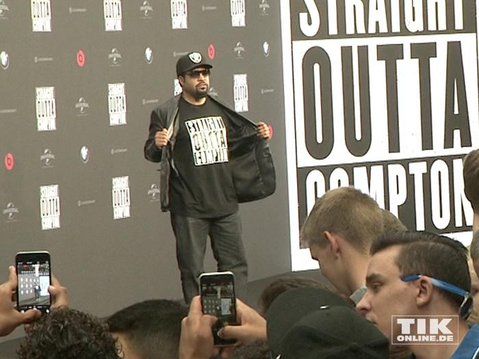 """Cool wie eh und je: Ice Cube bei der Premiere von """"Straight Outta Compton"""" in Berlin"""