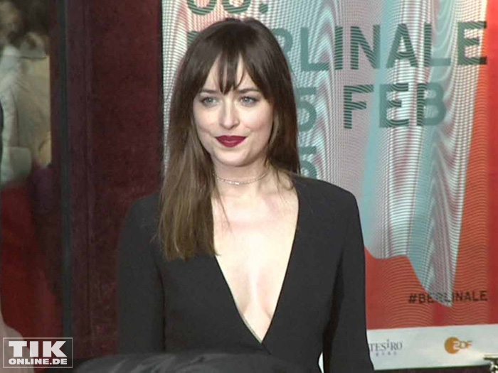 dakota johnson und jamie dornan erotische premiere bei der berlinale. Black Bedroom Furniture Sets. Home Design Ideas