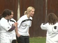 Familienministerin Manuela Schwesig feuert ihr Team an