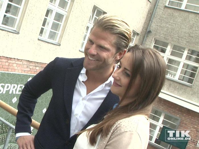 Ex-Bachelor Paul Janke mit einer guten Freundin beim Gala Fashion Brunch 2015
