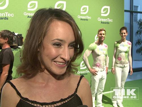 Maike von Bremen und die Bodypainting-Models beim GreenTec Award 2013