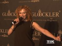 Francisca Urio performte im sechsten Monat schwanger bei der Präsentation von Harald Glööcklers Männer-Mode-Kollektion