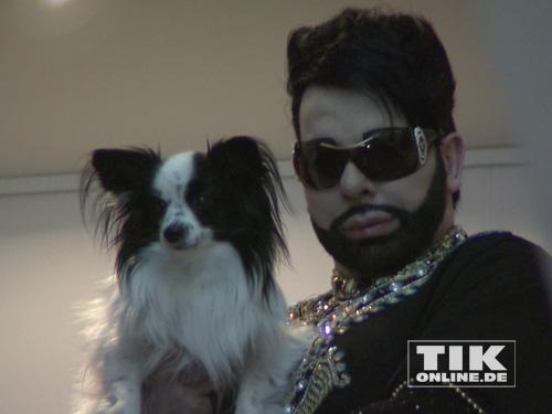 Harald Glööckler mit seinem Hund Billy King