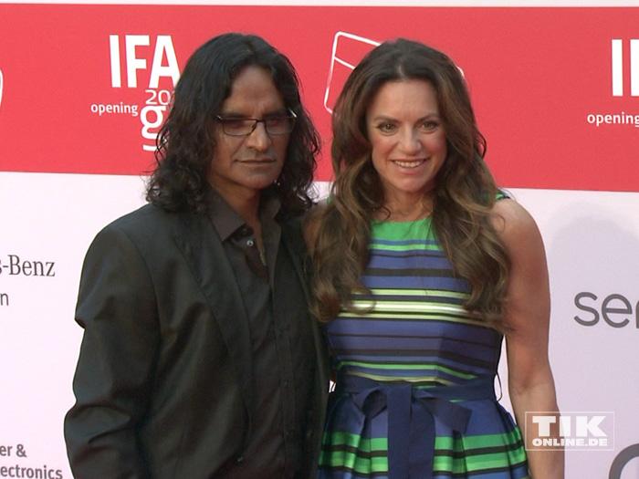 Christine Neubauer kam mit Freund José Campos zur IFA Opening Gala 2015 in Berlin