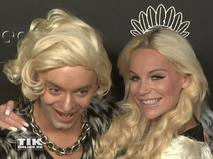 Gina Lisa Lohfink und der als Marilyn Monroe verkleidete Julian F.M. Srtoeckel auf der Lausbuben-Party