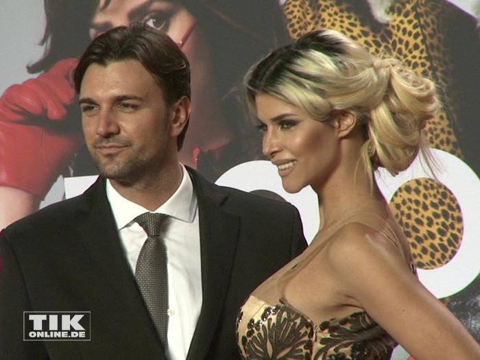 """Auf der """"Zoolander 2""""-Premiere in Berlin zeigte sich Micaela Schäfer erstmals mit ihrem neuen Freund Felix"""