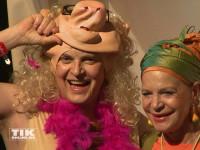 Und unter der Maske von Miss Piggy verbarg sich Rolf Scheider bei der Halloween-Party von Natascha Ochsenknecht