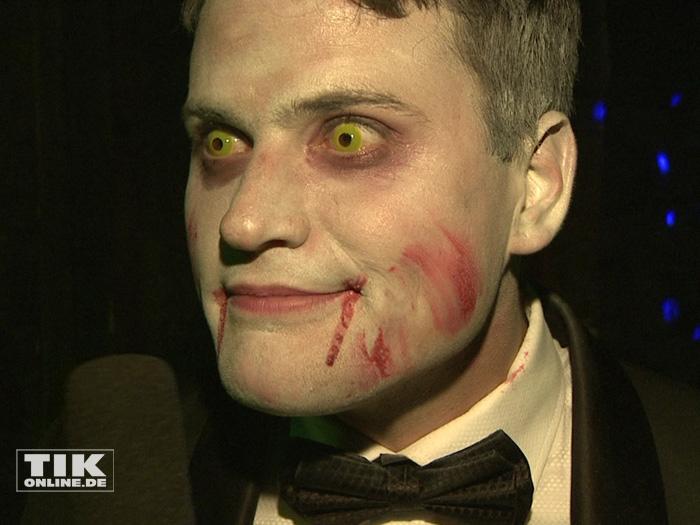 Rocco Stark als Vampir bei der Halloween-Party von Natascha Ochsenknecht