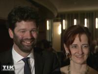 """Sissis Ur-Ur-Enkel Leopold Prinz von Altenburg kam mit seiner Ehefrau Juliane zur """"Elisabeth""""-Musical-Premiere in Berlin"""