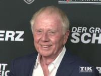 """Auch Hollywood-Regisseur Wolfgang Petersen war zur Premiere des Schweiger-Tatorts """"Der große Schmerz"""" im Berliner Kino Babylon gekommen"""