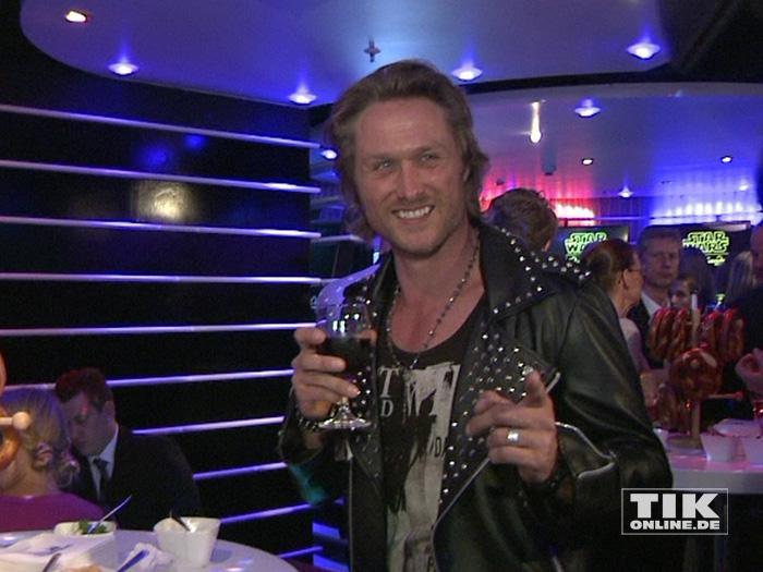 """Nico Schwanz bei der """"Star Wars""""-Ausstellung bei Madame Tussauds in Berlin"""