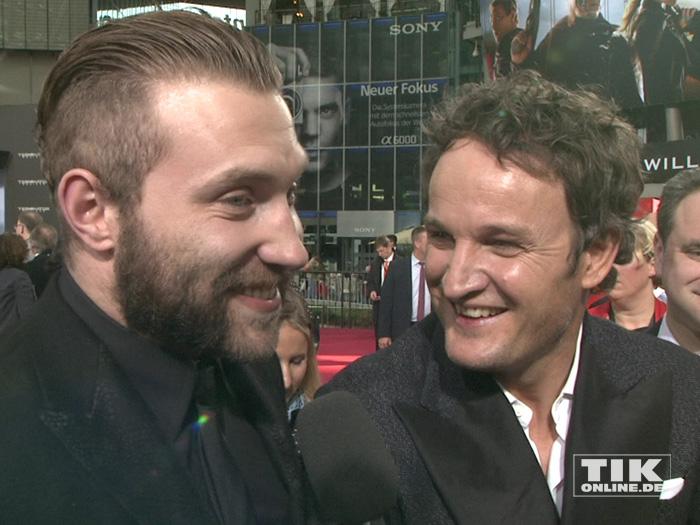 """Jai Courtney und Jason Clarke bei der Premiere von """"Terminator Genisys"""" in Berlin"""