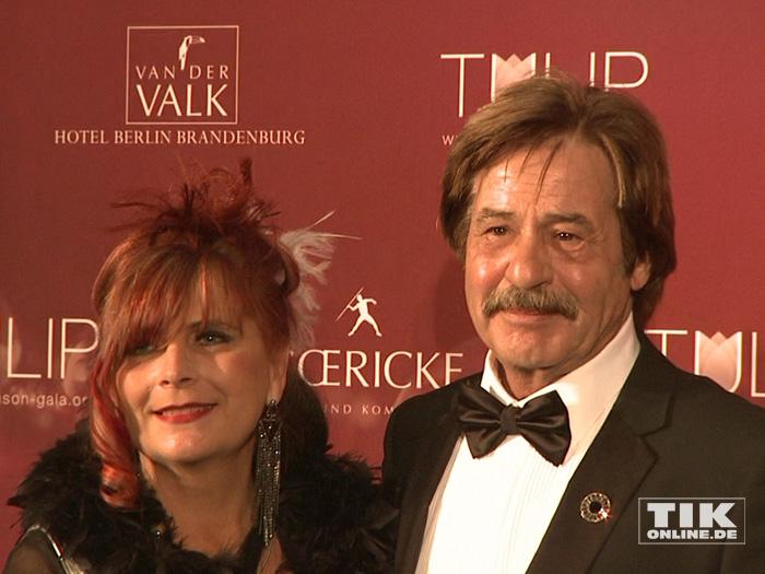 Jörg Draeger mit seiner Ehefrau bei der TULIP Parkinson Gala 2015 in Berlin