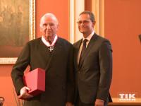 Unternehmer und Mäzen Heinz Dieter Rosenkranz gehörte ebenfalls zu den glücklichen, die von Michael Müller den Berliner Landesorden überreicht bekamen
