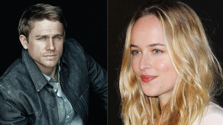 Dakota Johnson und Charlie Hunnam (Fotos; Universal Pictures / Michael Tran)