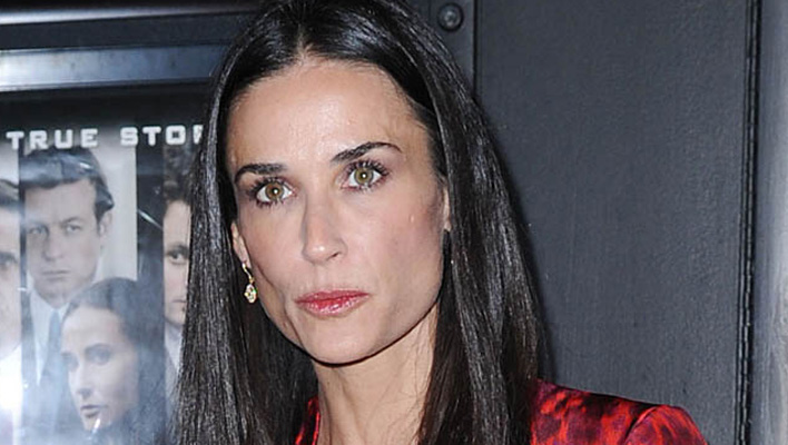 Demi Moore rotes Kleid