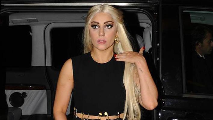 Lady Gaga blond