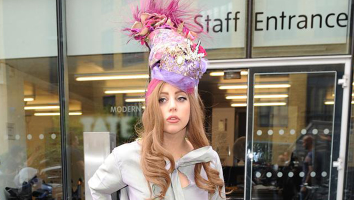 Lady Gaga Turban