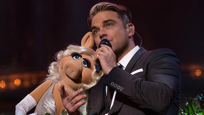 Robbie Williams und Miss Piggy (Foto: Simon Niblett)