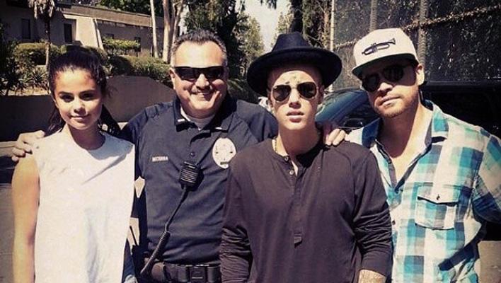 Justin Bieber, Selena Gomez, Cop