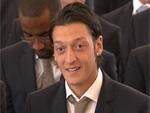 Mesut Özil: Frisch gestylet in die neue Saison