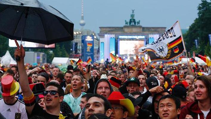 WM-Fan-Meile Berlin