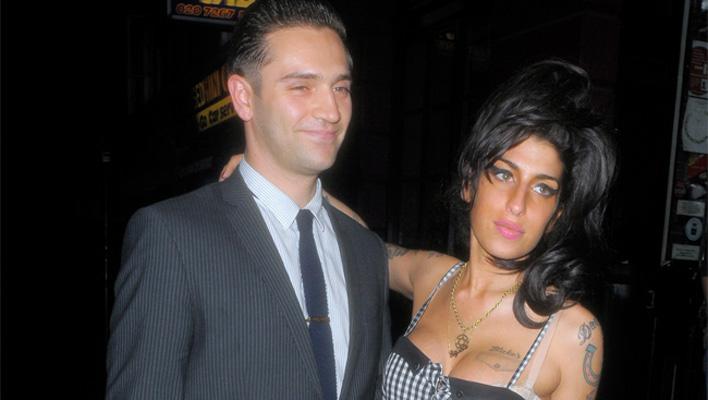 Amy Winehouse und Reg Traviss