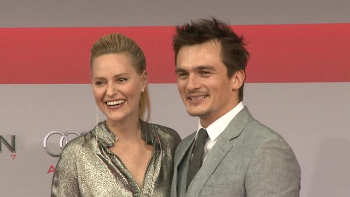Aimee Mullins und Rupert Friend (Foto: HauptBruch GbR)