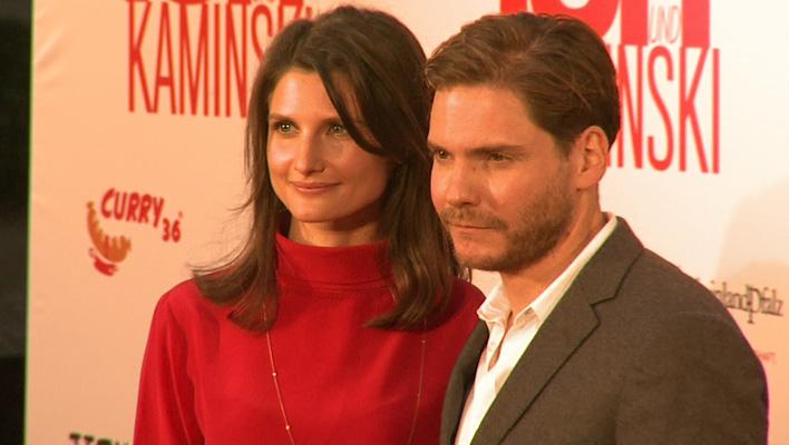 Daniel Brühl und seine Freundin Felicitas (Foto: HauptBruch GbR)