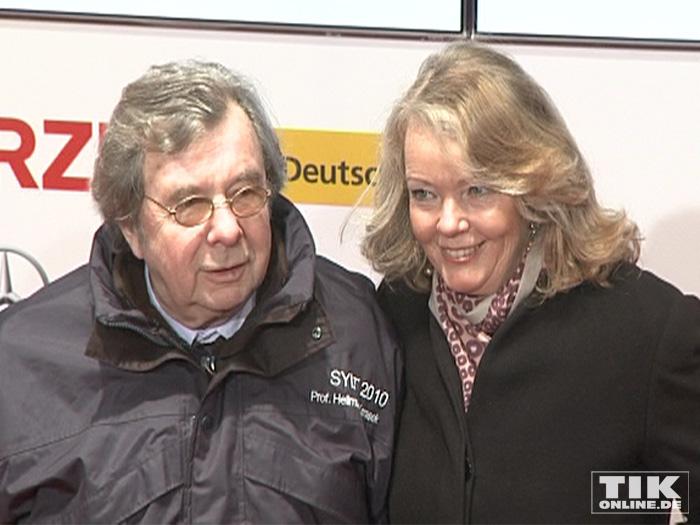 Hellmuth Karasek und seine Ehefrau Armgard Seegers (Foto: HauptBruch GbR)