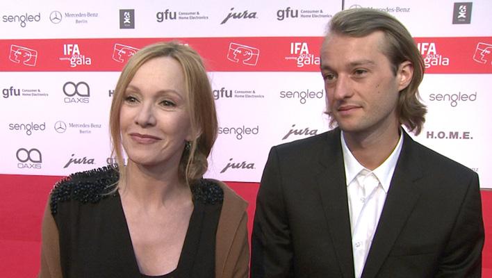 Katja Flint und Sohn Oscar Lauterbach (Foto: HauptBruch GbR)