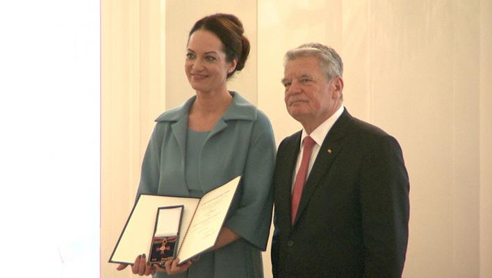 Natalia Wörner und Joachim Gauck (Foto: HauptBruch GbR)
