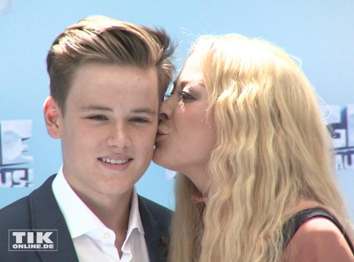 Jenny Elvers und Sohn Paul (Foto: HauptBruch GbR)