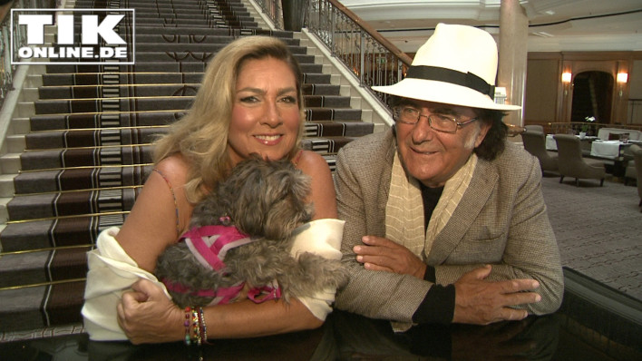Albano Carrisi und Romina Power mit Hund Daisy in Berlin