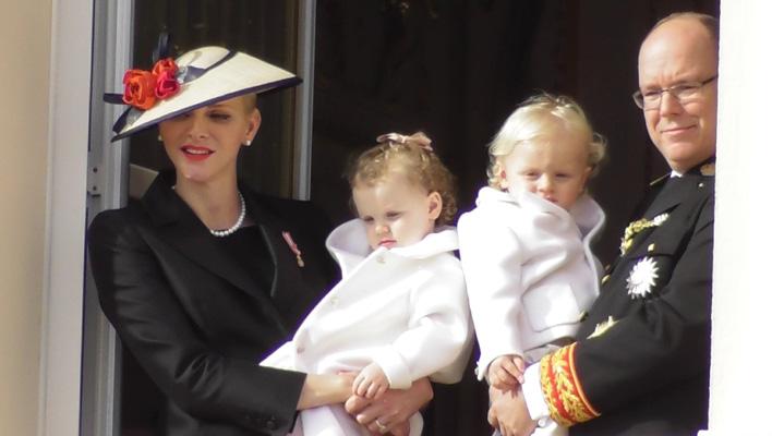 Fürst Albert II, Fürstin Charlene, Jacques und Gabriella von Monaco