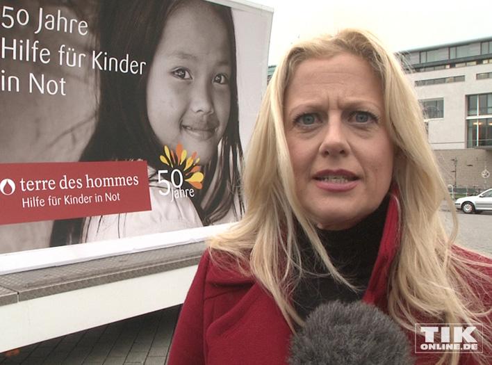 Barbara Schöneberger für Terre Des Hommes