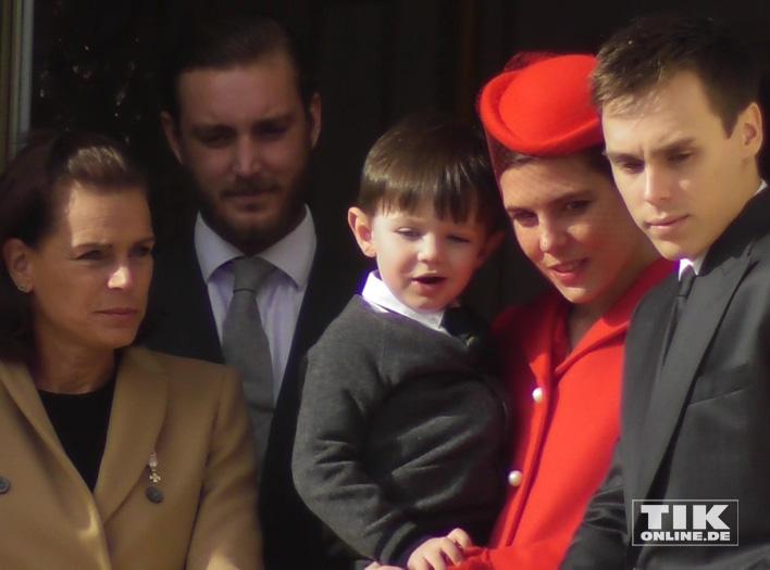 Charlotte Casiraghi brachte ihren Sohn Raphael mit zum Nationalfeiertag