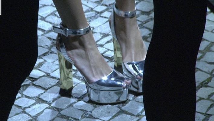 Sophia Thomallas Schuhe: Total glänzende High Heels