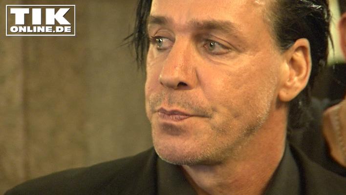 Um die Augen herum perfekt geschminkt: Rammstein-Rocker Till Lindemann